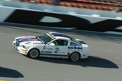 La Mustang GT N°2 (Joseph Safina, Joel Feinberg)