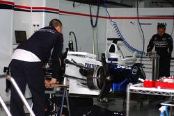BMW-Sauber team setup the car in the garage