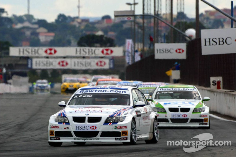 Andy Priaulx, BMW Team UK, BMW 320si WTCC et Augusto Farfus, BMW Team Germany, BMW 320si WTCC