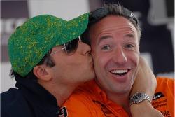 Stefano D'Aste, Wiechers Sport BMW, BMW 320si WTCC, kisses Tom Coronel, GR Asia, SEAT Leon