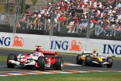 Takuma Sato, Super Aguri F1, SA07 Heikki Kovalainen, Renault F1 Team, R27