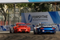 #44 Flying Lizard Motorsports Porsche 911 GT3 RSR: Lonnie Pechnik, Darren Law, #71 Tafel Racing Porsche 911 GT3 RSR: Wolf Henzler, Robin Liddell