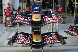 Red Bull Racing, RB3, Front wing