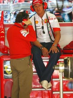 Jean Todt, Scuderia Ferrari, Ferrari CEO and Michael Schumacher, Scuderia Ferrari, Advisor