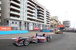 Хайме Альгерсуари, Virgin Racing
