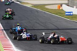 Luca Ghiotto, Trident, und Matthew Parry, Koiranen GP
