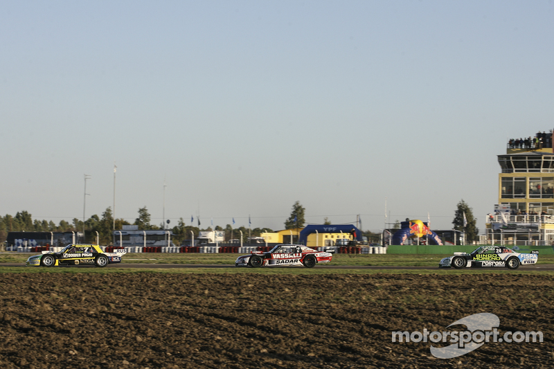 Omar Martinez, Martinez Competicion, Ford; Matias Rossi, Donto Racing, Chevrolet, und Emiliano Spata