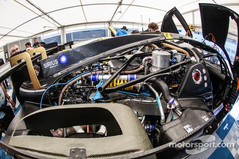 Scuderia Cameron Glickenhaus, SCG003C, Motor