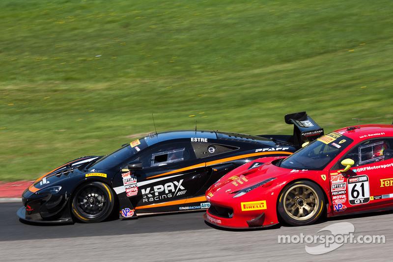 #9 K-Pax Racing McLaren 650S GT3: Кевін Естре #61 R. Ferri Motorsport Ferrari 458 GT3 Italia: Олів'є Беретта