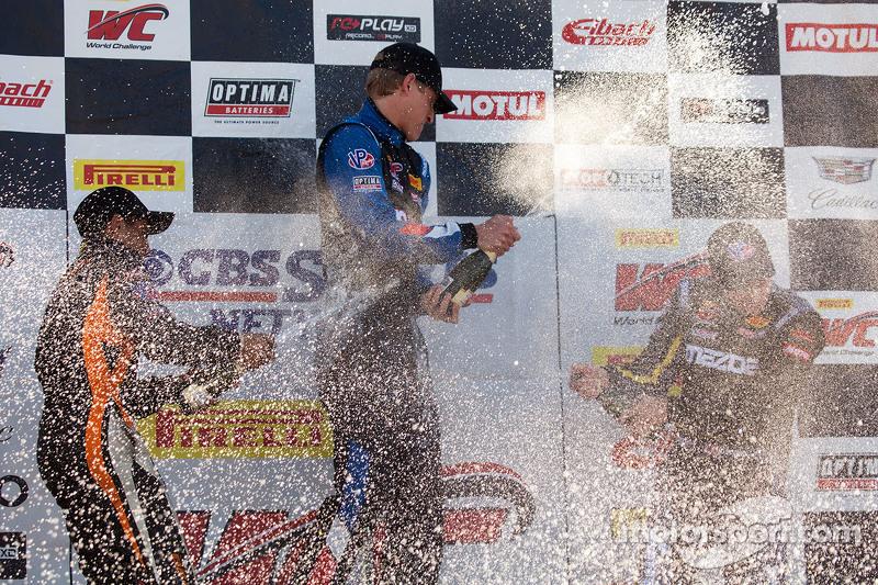 TC podium: pemenang balapan Corey Fergus, posisi kedua Ernie Francis Jr., posisi ketiga Adam Pol, dan