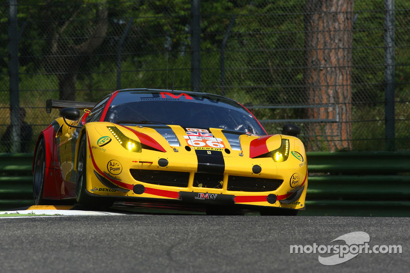 #66 JMW Motorsport, Ferrari F458 Italia: George Richardson, Robert Smith, Sam Tordoff