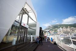 Sauber F1 Team, Motorhome im Fahrerlager
