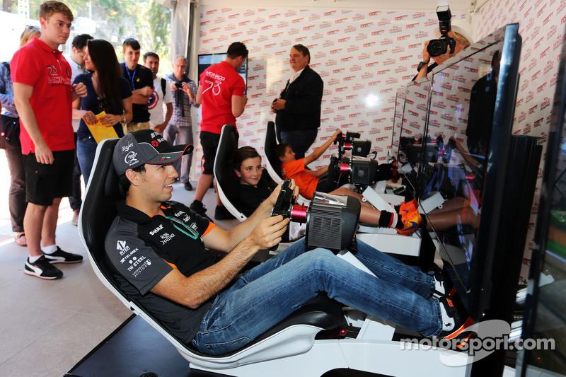 Sergio Perez, Sahara Force India F1, im Simulator