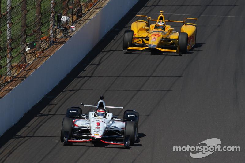 Will Power, Team Penske, Chevrolet, und Ryan Hunter-Reay, Andretti Autosport, Honda