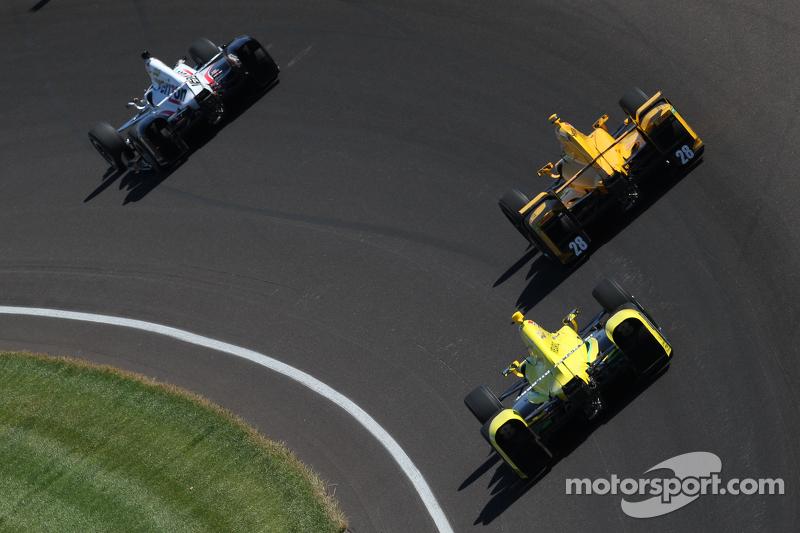 Will Power, Team Penske, Chevrolet; Ryan Hunter-Reay, Andretti Autosport, Honda, und Sage Karam, Chi