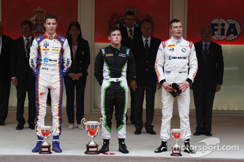 Richie Stanaway, Status Grand Prix; Raffaele Marciello, Trident, und Sergey Sirotkin, Rapax