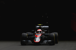 Дженсон Баттон, McLaren MP4-30 Honda