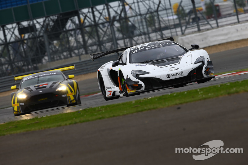 #59 Von Ryan Racing McLaren 650S GT3: Ніколя Лапьер, Alvaro Parente, Адріан Куайф-Хоббс