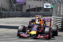 Daniil Kvyat and Daniel Ricciardo, Red Bull Racing RB11