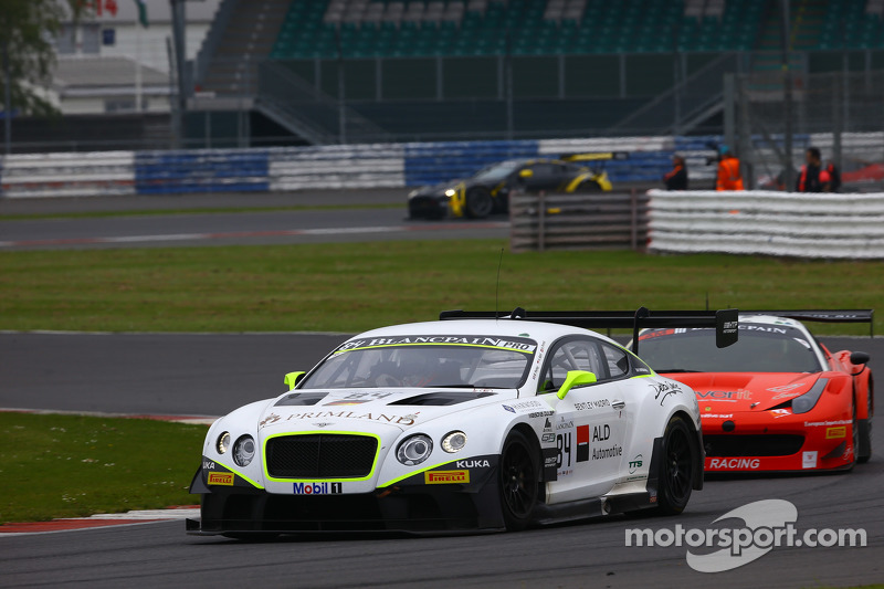 #84 Bentley Team HTP Bentley Continental GT3: Mike Parisy, Harold Primat, Вінсент Апріл