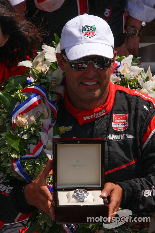 Race winner Juan Pablo Montoya, Team Penske Chevrolet