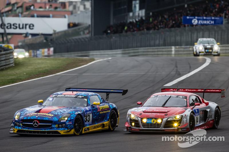#33 Team Premio, Mercedes-Benz SLS AMG GT3: Rob Huff, Kenneth Heyer, Philipp Frommenwiler, Christian