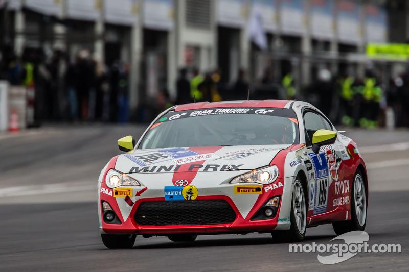 #196 Toyota Swiss Racing Team, Toyota GT86: Herbie Schmidt, Benjiamin Albertalli, Thomas Lampert, Ma