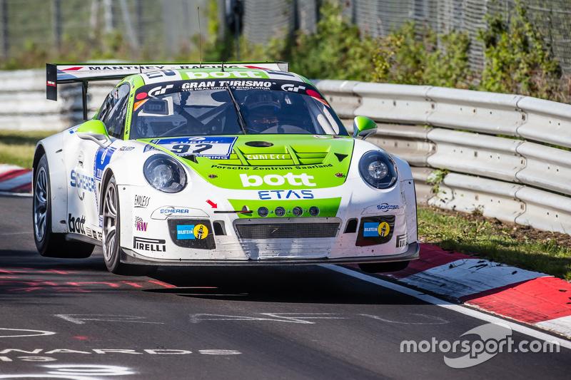 #92 Team Manthey, Porsche 911 GT3 Cup MR: Christoph Breuer, Andreas Cairoli, Sven Müller, Michael Christensen