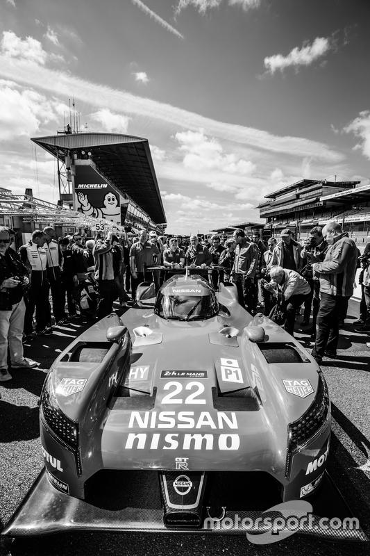 #22 Nissan Motorsports Nissan GT-R LM NISMO