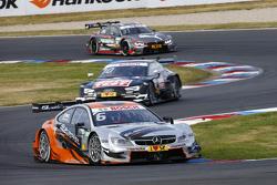 Роберт Уикенс, Mercedes-AMG C 63 DTM и Тимо Шайдер, Audi RS5 DTM