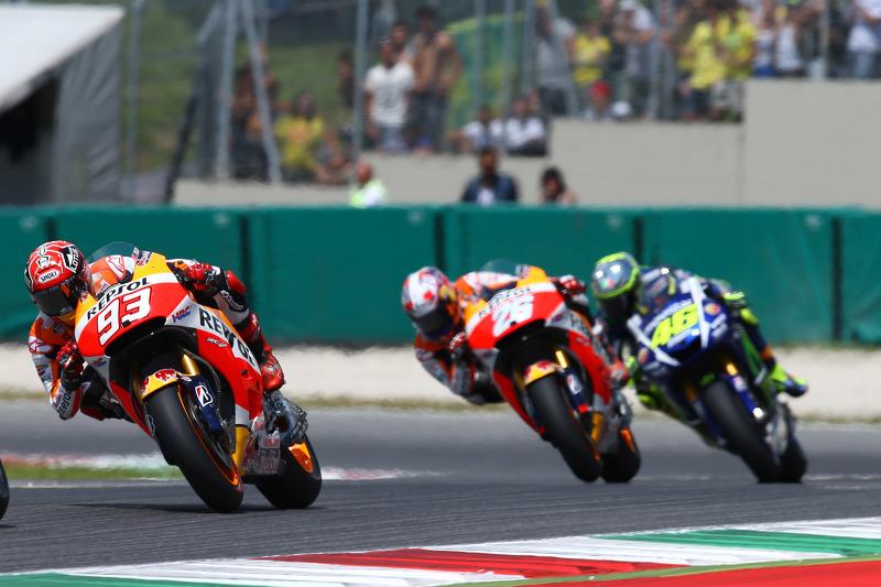Marc Marquez und Dani Pedrosa, Repsol Honda Team, und Valentino Rossi, Yamaha Factory Racing