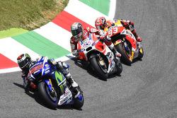 Хорхе Лоренсо, Yamaha Factory Racing и Андреа Довициозо, Ducati Team и Марк Маркес, Repsol Honda Tea