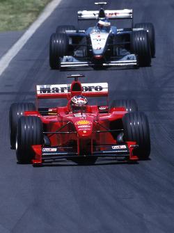 Michael Schumacher, Ferrari y Mika Hakkinen, McLaren