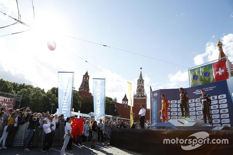 Podium: second place Lucasi di Grassi, Audi Sport Team Abt and winner Nelson Piquet Jr., China Racing and third place Sébastien Buemi, e.dams-Renault Formula E Team