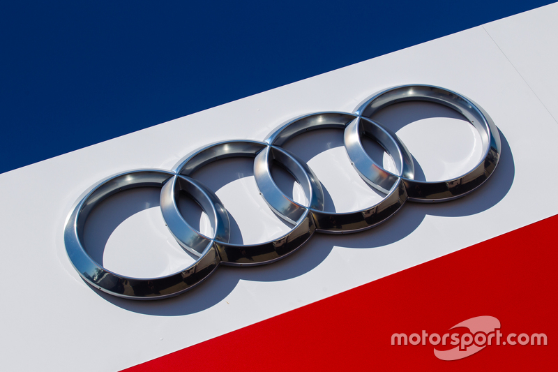 Audi Sport Team Joest area paddock dan logo / signage