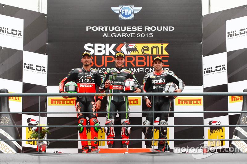 Podium in Portimao, 2. Rennen: Davide Giugliano, Jonathan Rea, Leon Haslam