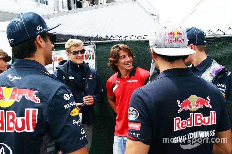 Daniel Ricciardo, Red Bull Racing; Marcus Ericsson, Sauber F1 Team; Roberto Merhi, Manor F1 Team; Daniil Kvyat, Red Bull Racing; and Carlos Sainz Jr., Scuderia Toro Rosso, on the drivers parade