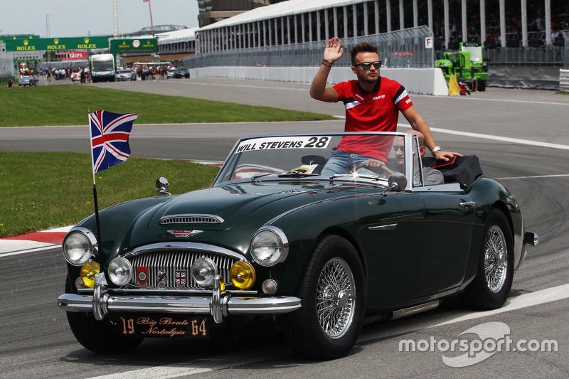 Will Stevens, Manor F1 Team, bei der Fahrerparade