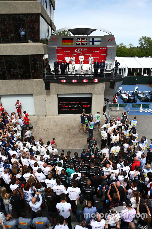 Podium: First place Lewis Hamilton, Mercedes AMG F1 W06, Second place Nico Rosberg, Mercedes AMG F1 W06 and Third place Valtteri Bottas, Williams FW38