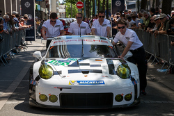 #92 Porsche Team Manthey, Porsche 911 RSR