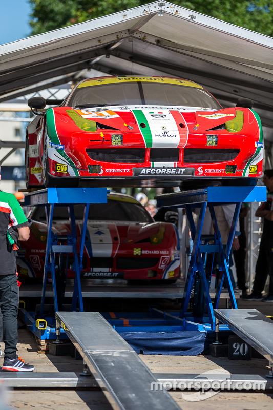 #61 AF Corse Ferrari 458 GTE