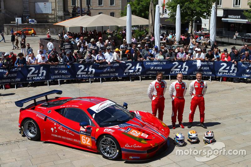 #62 Scuderia Corsa Ferrari 458 GTE: Bill Sweedler, Townsend Bell, Jeff Segal