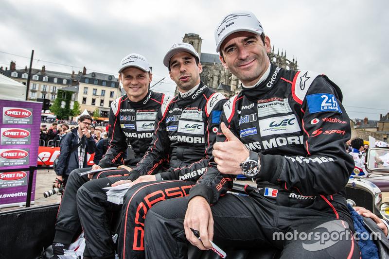 Pole-Position: 1. #18 Porsche Team, Porsche 919 Hybrid: Marc Lieb, Neel Jani und Romain Dumas