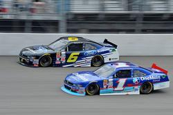 Darrell Wallace Jr., Roush Fenway Racing Ford y Elliott Sadler, Roush Fenway Racing Ford