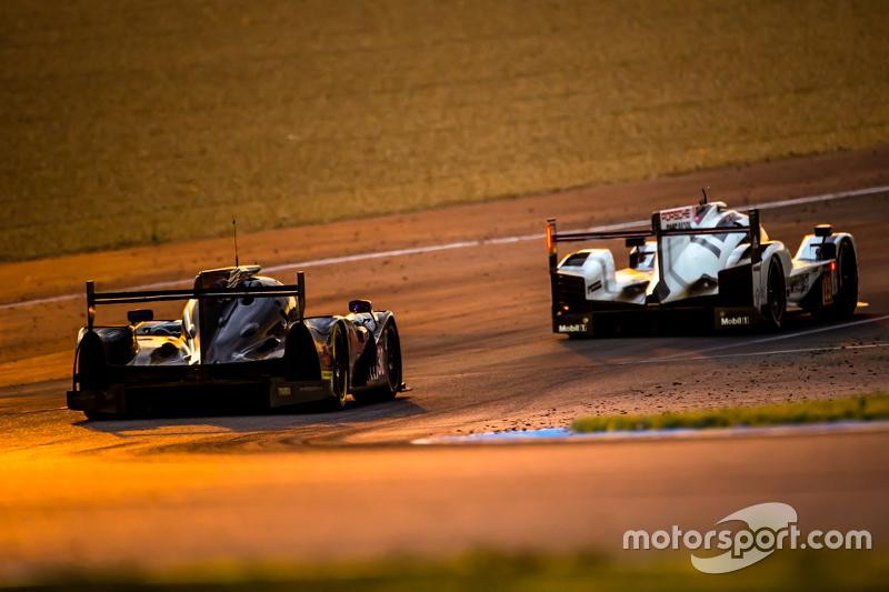 #19 Porsche Team, Porsche 919 Hybrid: Nico Hülkenberg, Nick Tandy, Earl Bamber und #30 Extreme Speed
