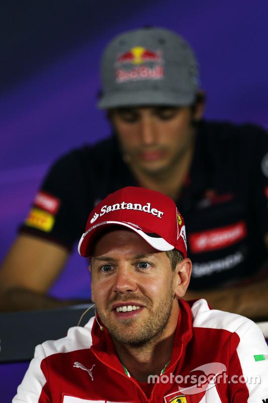 Sebastian Vettel, Ferrari na conferência de imprensa da FIA
