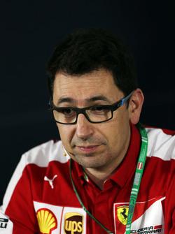 Mattia Binotto, Ferrari, Motorenmanager, in der FIA-Pressekonferenz