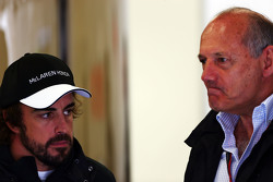 Fernando Alonso, McLaren with Ron Dennis, McLaren Executive Chairman