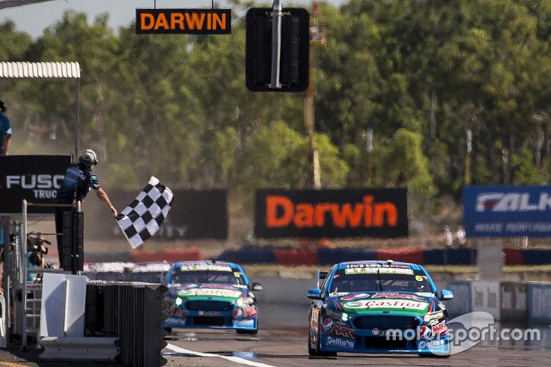 Чез Мостерт, Prodrive Racing Australia Ford перемагає
