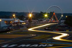 Luces de noche sobre Le Mans